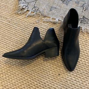 Steve Madden NEW black booties